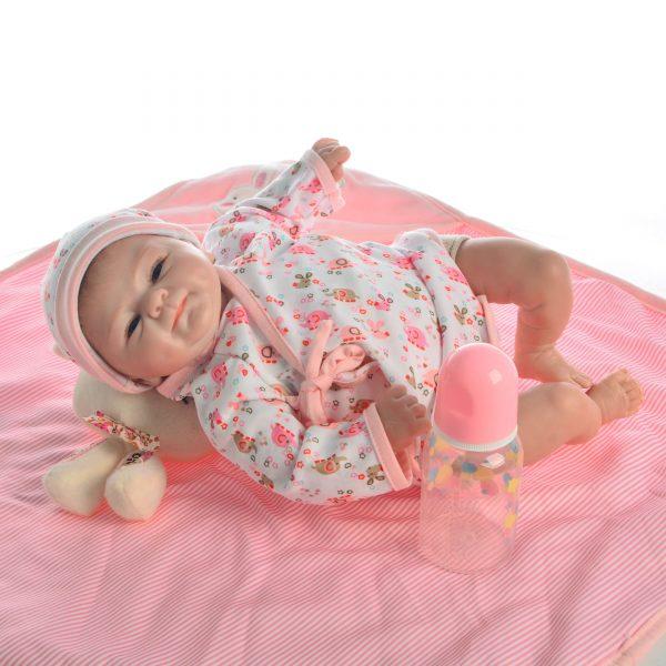 bébé reborn nouveau né fille mia