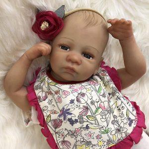 bébé reborn fille en silicone