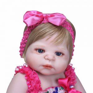 bébé reborn corps entier silicone capucine