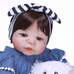 bébé reborn en silicone fille
