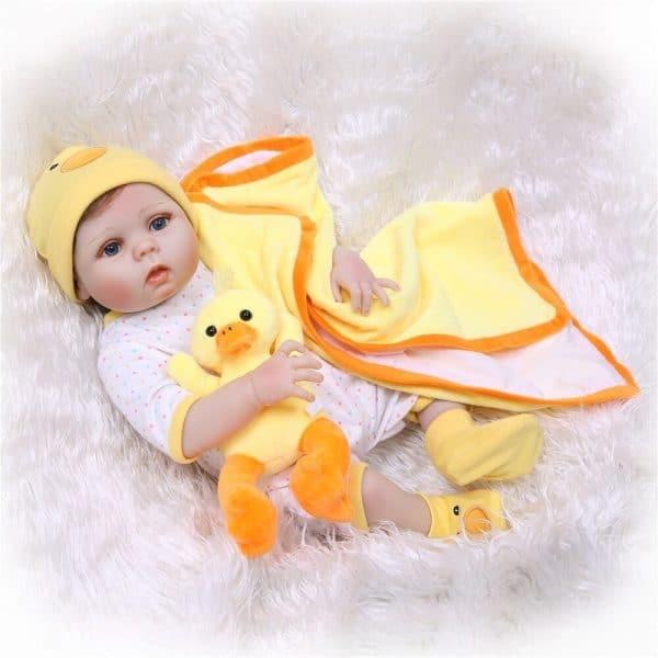 bébé reborn en silicone souple à adopter