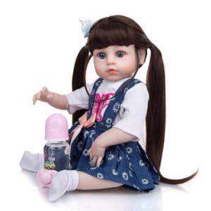 poupée reborn en silicone de coté
