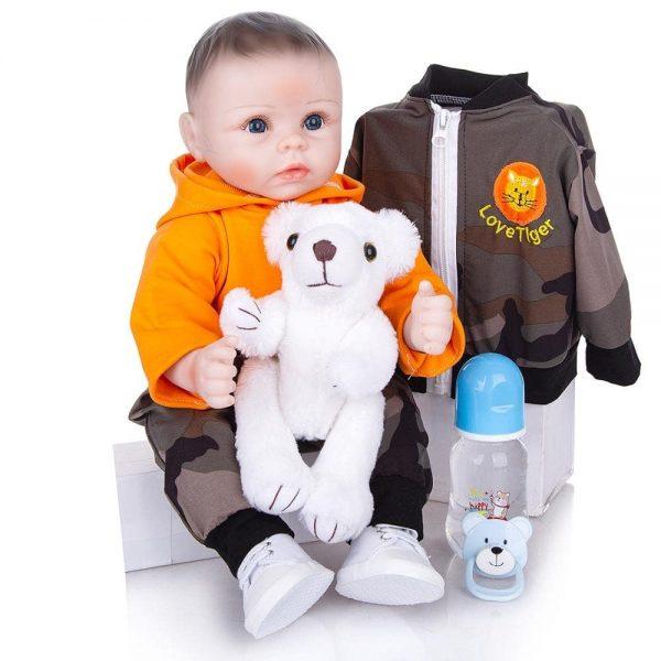bébé reborn poupée avec vêtements