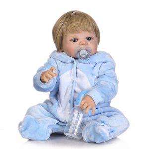 bébé reborn en vinyle avec accessoires