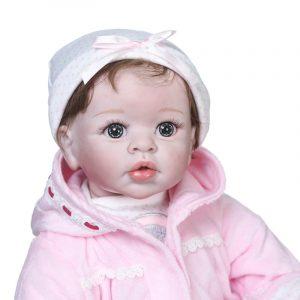 fille vrai bébé reborn réaliste