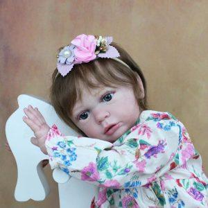 bébé reborn fille 60 cm réaliste