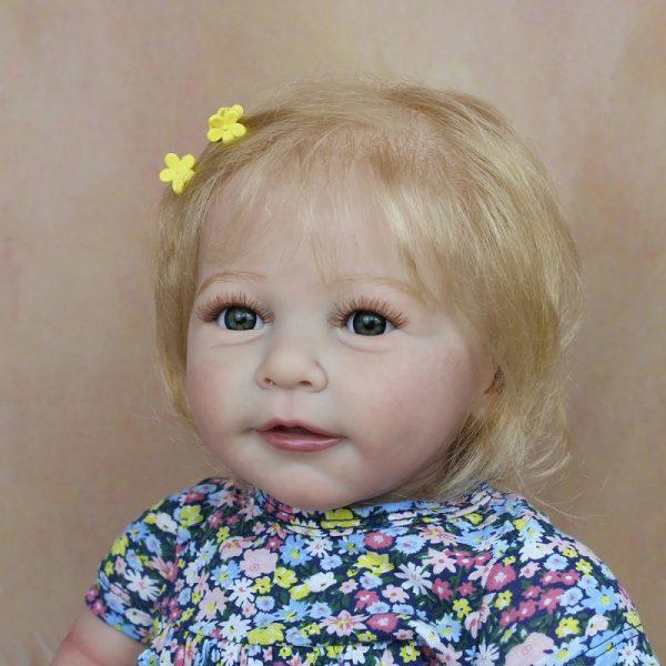 bébé reborn fille blonde très réaliste