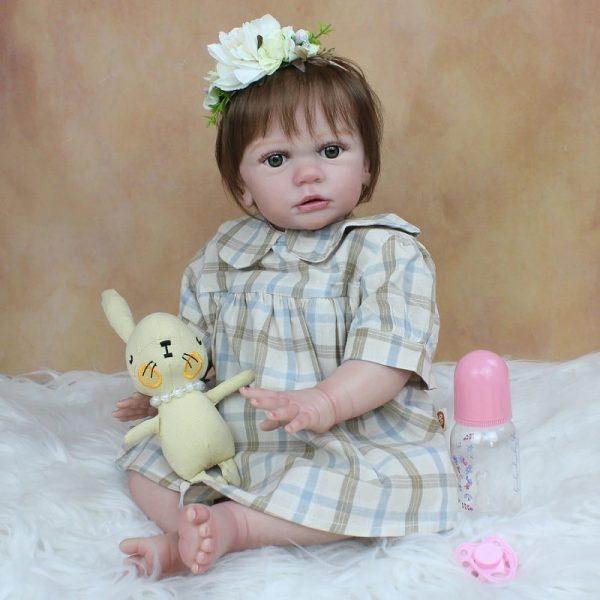 bébé reborn fille réaliste avec accessoires