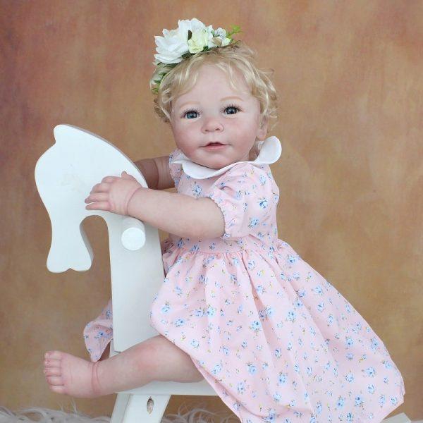 bébé reborn fille réaliste blonde