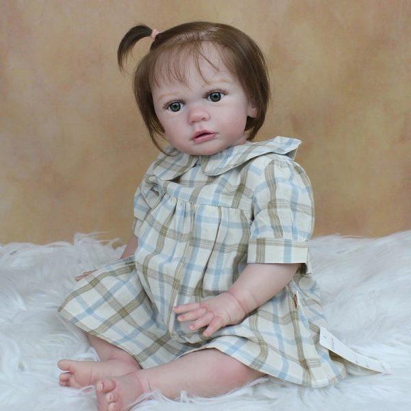 fille bébé reborn réaliste
