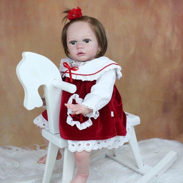 fille poupée reborn réaliste