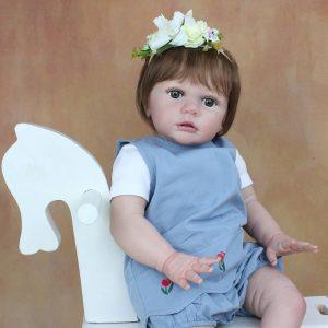 poupon réaliste bébé reborn fille